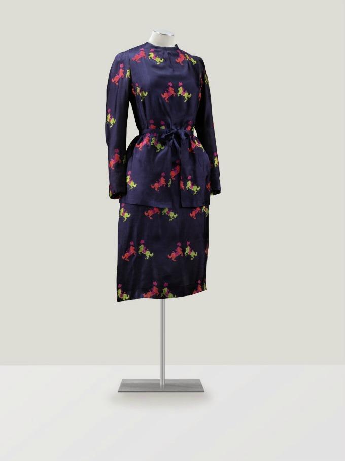 komplet na aukciji Visoka moda po prvi put na aukciji