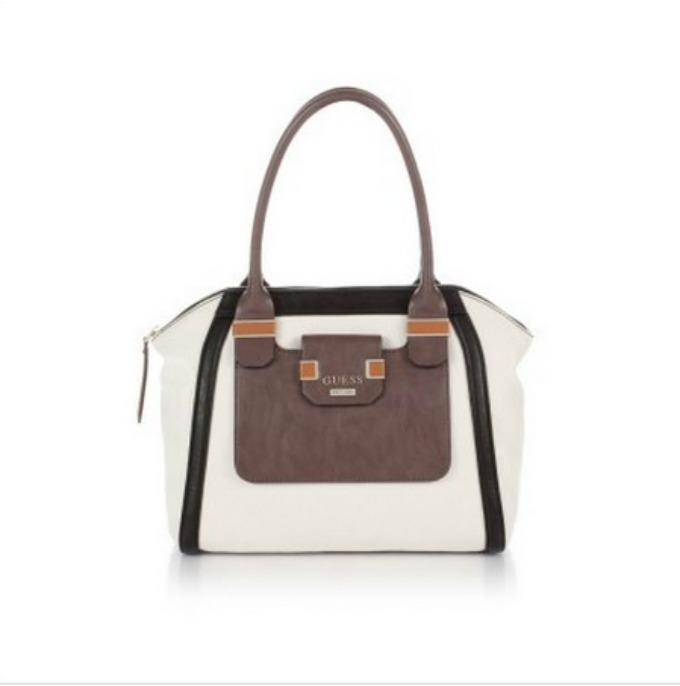 must have 1 Must Have: Torba Guess
