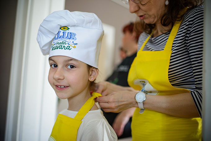skola malih kuvara 26 4 DSC 9324 Deca pripremila obrok za sebe i roditelje