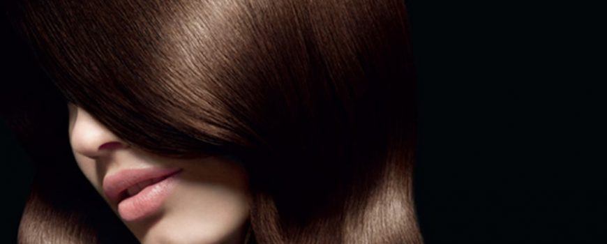 Posvetljivanje i bojenje tamne kose u jednom koraku