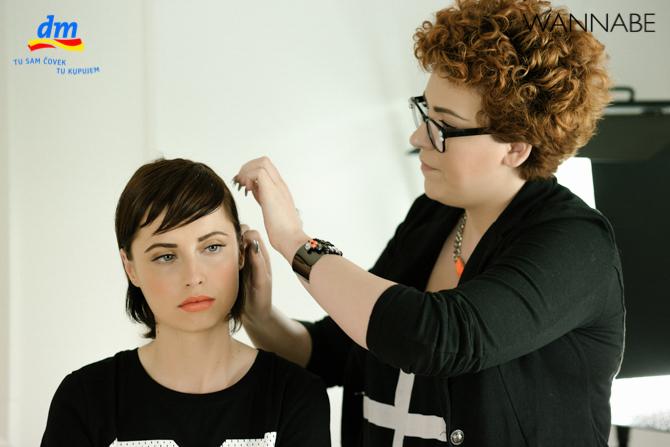 DM style to go Wannabe magazine tutorial 291 dm look Style to go tutorijal: Napravi frizuru za 5 min!