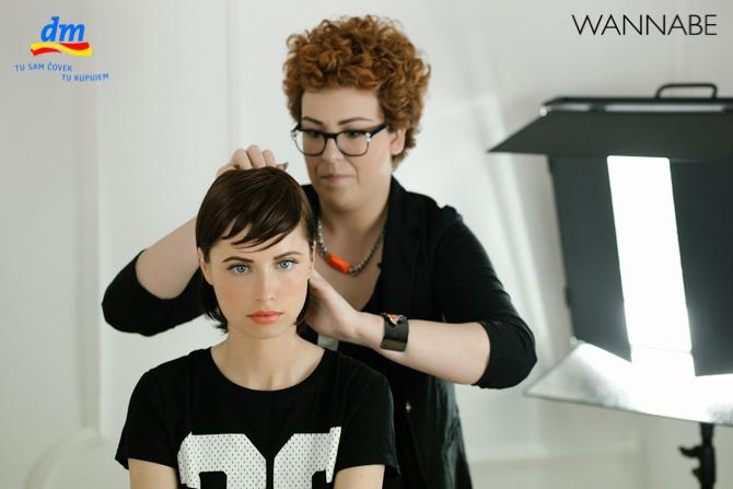DM style to go Wannabe magazine tutorial 301 dm look Style to go tutorijal: Napravi frizuru za 5 min!