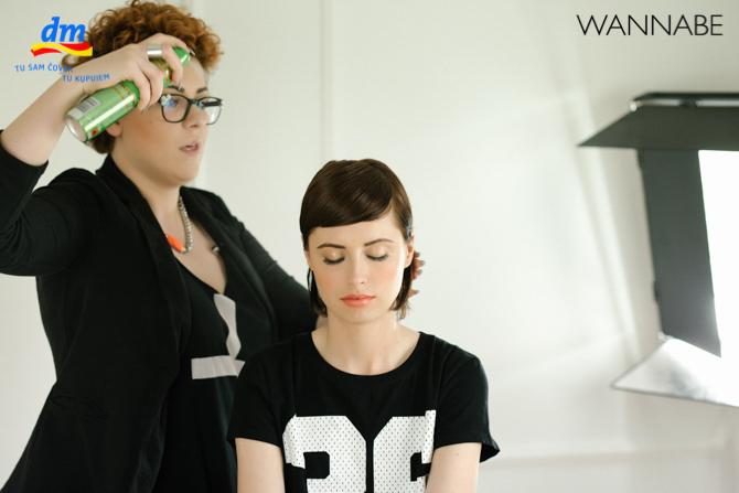DM style to go Wannabe magazine tutorial 351 dm look Style to go tutorijal: Napravi frizuru za 5 min!