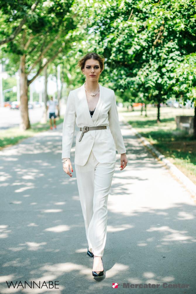 Merkator modni predlog Wannabe magazine 4 2 Mercator modni predlog: Beli komplet za smele maturantkinje