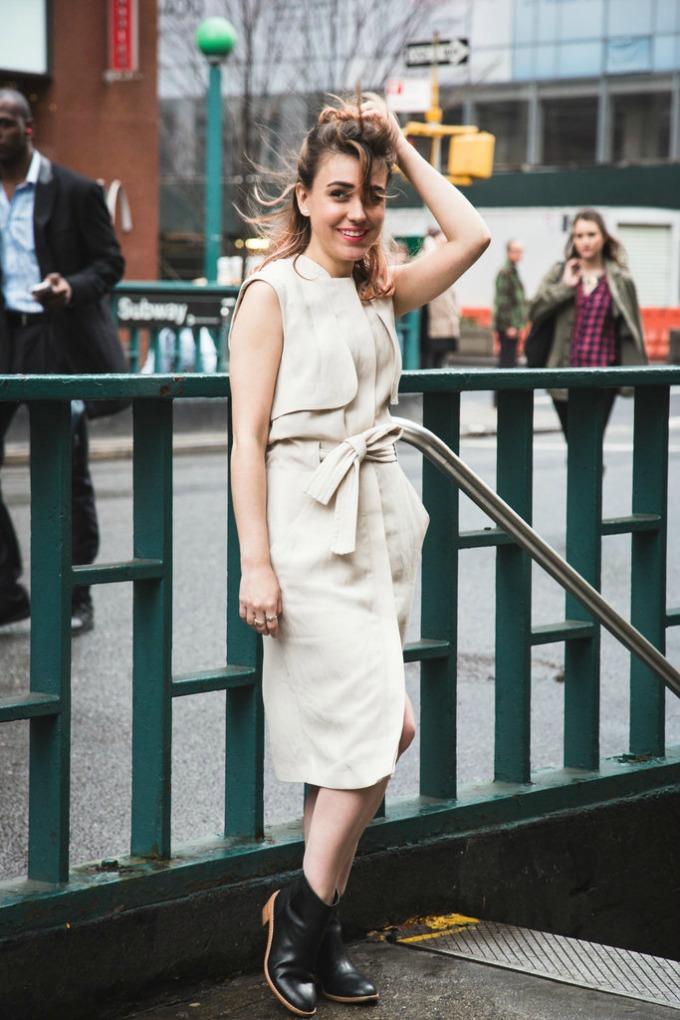 haljina sa prednjim kopcanjem 1 Kako da jednu haljinu ponesete na isti način u nekoliko varijanti