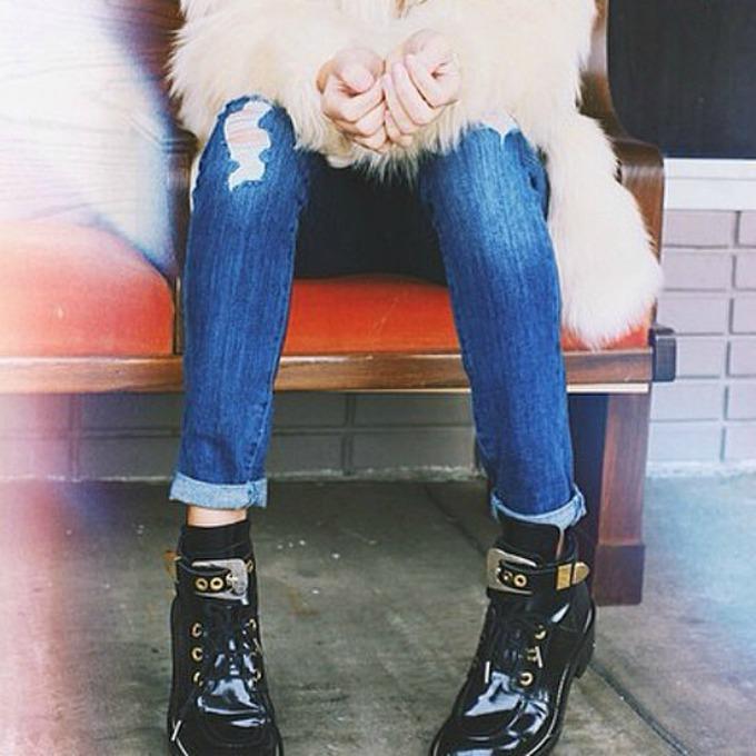 podavijene nogavice 1 6 načina da ove sezone nosiš farmerke sa podavijenim nogavicama