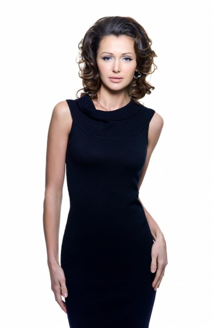 poslovna haljina crna Vodič kroz poslovni stil: Letnje haljine