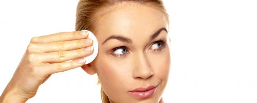 Najčešće greške u nezi koje te mogu koštati bržeg starenja kože