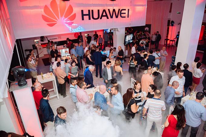 Huawei P8 okupljanje zvanica Huawei u Beogradu premijerno predstavio 4G LTE pametni telefon