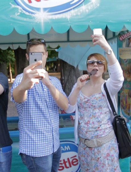 #lizazov foto-konkurs: Mass selfie za istoriju – pridružite se!
