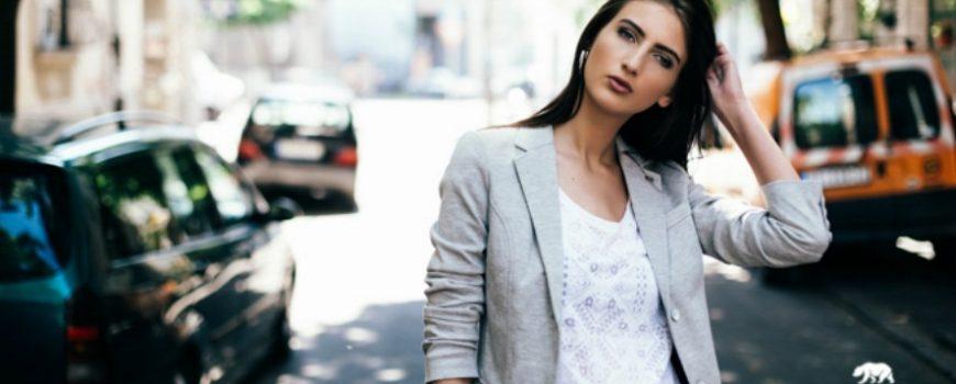Time Out modni predlog: Sa drugaricom na kafu