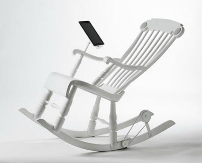 irock stolica na klackanje 1 Napunite svoj iPad klackajući se na stolici