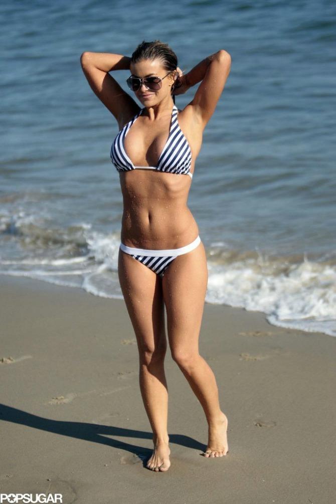 karmen elektra One imaju preko 40 i izgledaju sjajno u bikiniju
