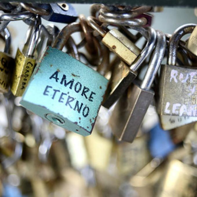 katanci Ljubavni katanci prete da sruše most