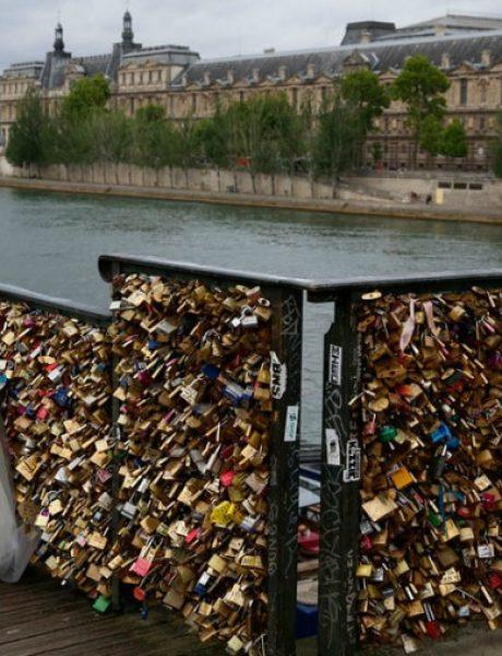Ljubavni katanci prete da sruše most