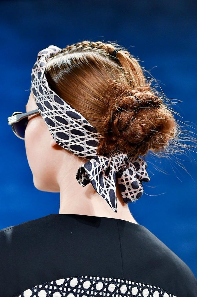 pundjice za leto 5 Moderne punđice za savršenu letnju frizuru