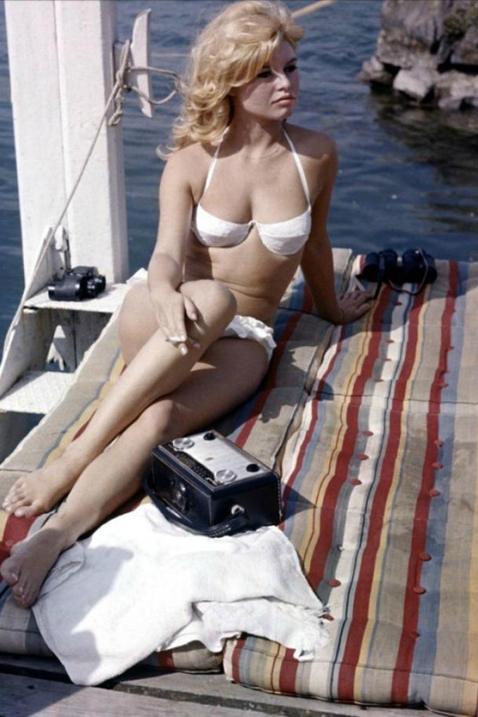 retro kupaci kostimi 1 Retro kupaći kostimi kao inspiracija za ovo leto