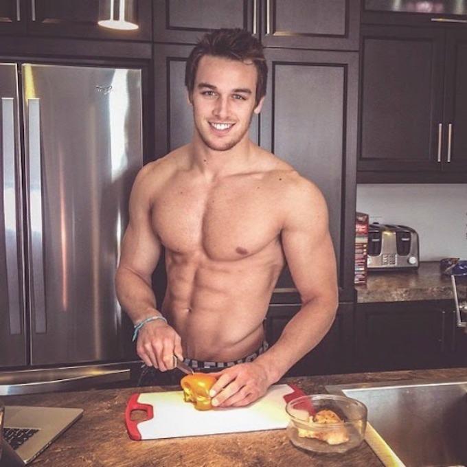 seksi frajeri sa instagrama 1 Da li biste volele da vam oni spreme romantičnu večeru?