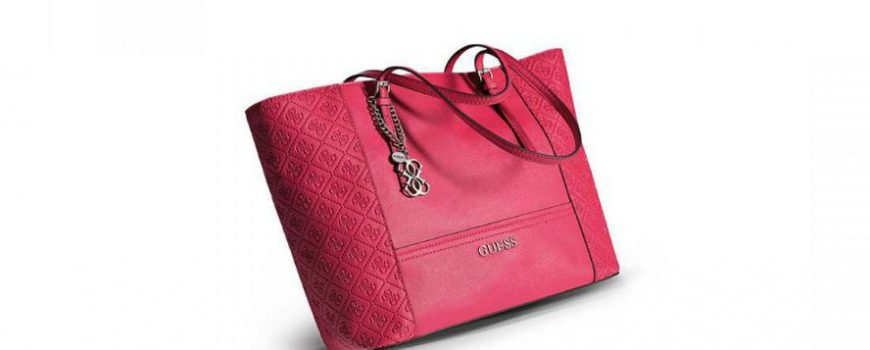 Must have: Torba Guess