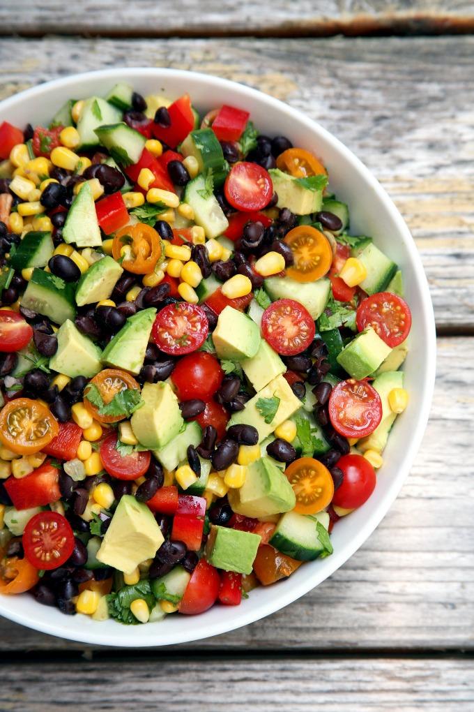 letnja salata 1 Recept: Osvežavajuća i hranljiva letnja salata