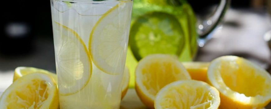 Mogu li se uz pomoć limunade zaista izgubiti kilogrami?