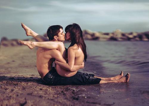 ljubavni par On nije taj, ali ona je ta kad je sa njim
