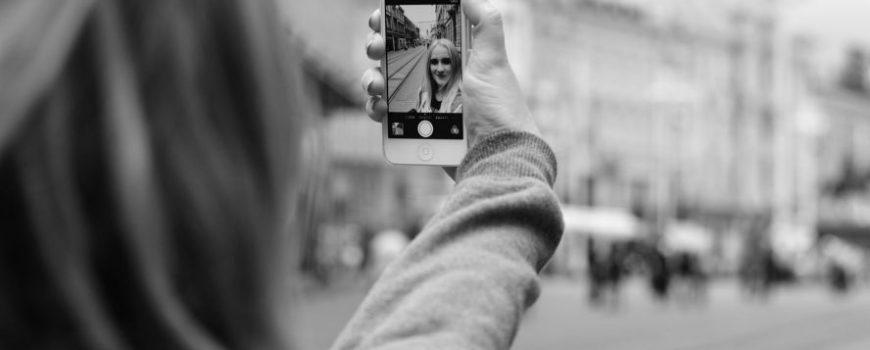 Novi uređaj za savršene selfi fotografije