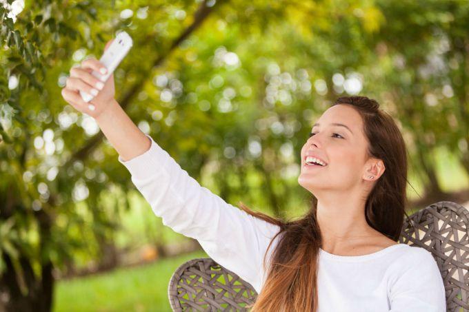 selfi1 Ne stavljaj istu profilnu fotografiju na sve društvene mreže