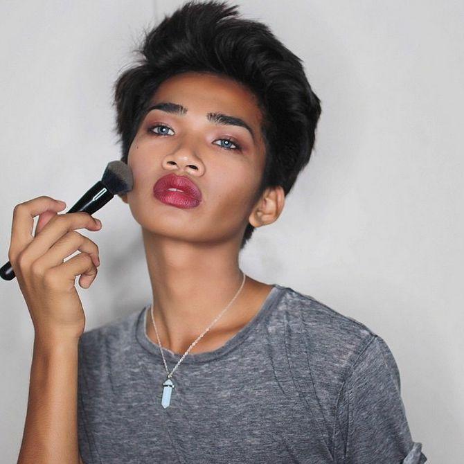 Bretman Rock konturisanje lica1 Internet senzacija: On će vam postati omiljeni beauty bloger