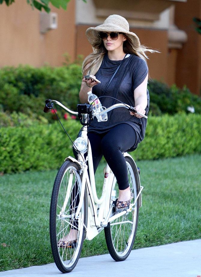 Hilari Daf Koje to zvezde vole biciklizam?