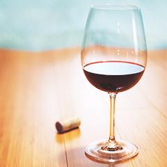 red wine Kviz: Koja si ikona stila?