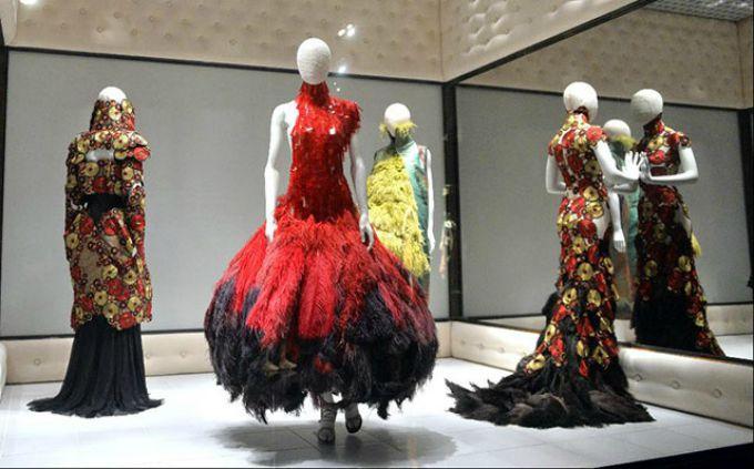 savage beauty video 1 Zavirite iza kulisa najveće modne izložbe ove godine