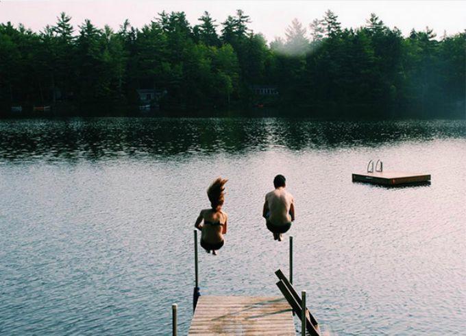 skacu u vodu Kako da napraviš odlične fotografije na putovanju