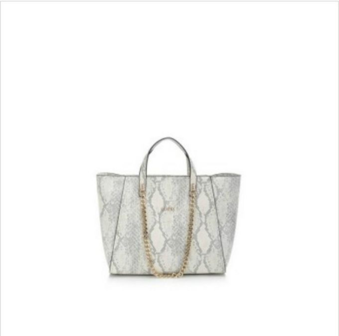 torba guess 1 Must Have: Torba Guess