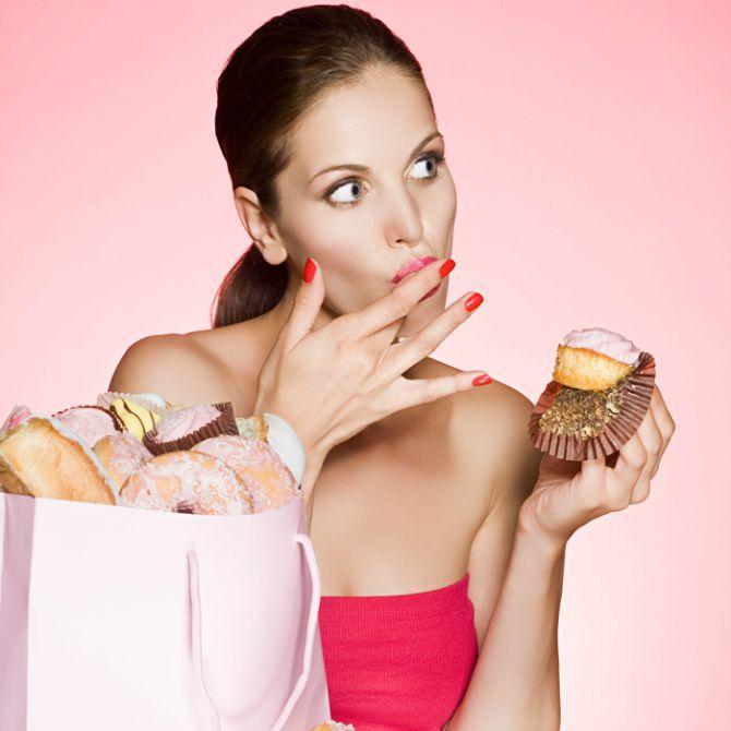 zena jede slatkiše Mitovi o šećeru u koje moraš prestati da veruješ