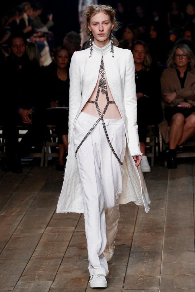 alexander mcqueen pfw 2 Modna kuća Alexander McQueen na Nedelji mode u Parizu