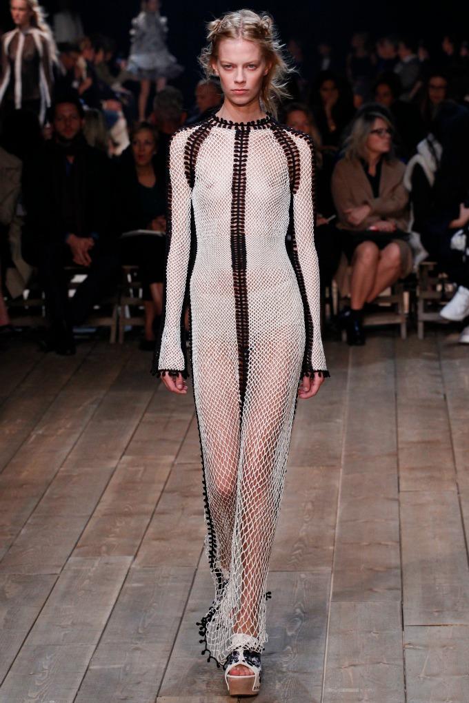 alexander mcqueen pfw 4 Modna kuća Alexander McQueen na Nedelji mode u Parizu