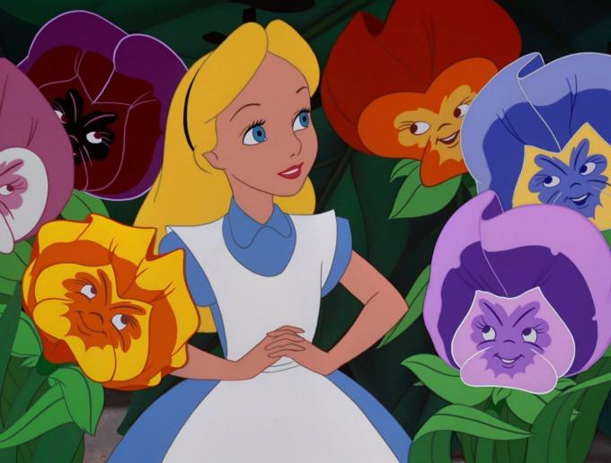 alisa u zemlji cuda 1 Devojčica koja je inspirisala Volta Diznija za lik Alise u Zemlji čuda