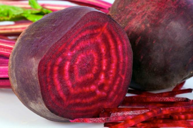 cvekla Jesenje povrće koje je zdravo za kožu