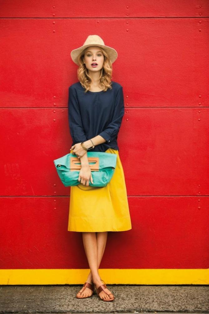 kozna suknja u zutoj boji Kožna odeća u boji je novi must have