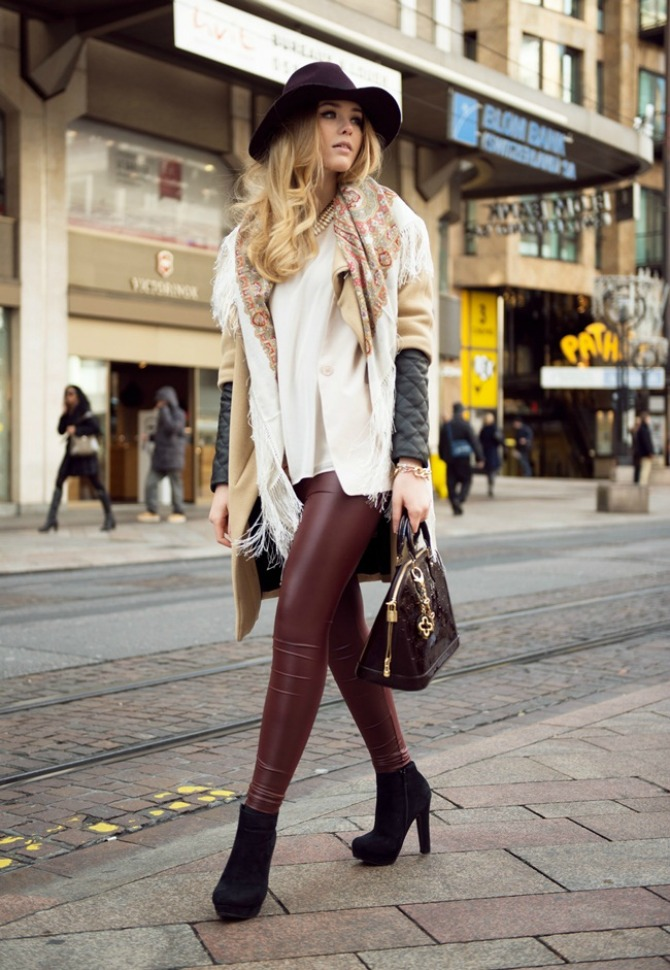 kozne pantalone Kožna odeća u boji je novi must have