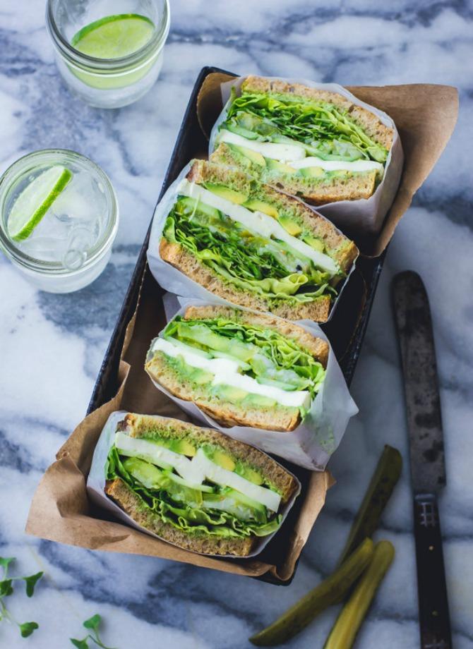sendvic sa zelenom salatom Zdrav ručak za posao   neka to bude sendvič!