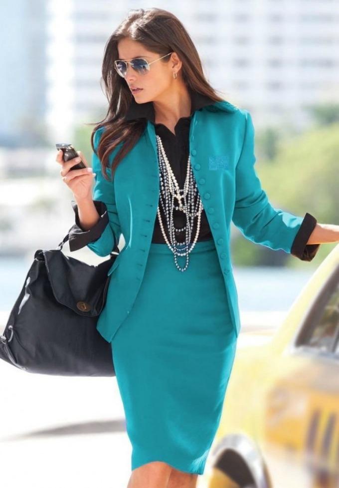 zenstvena poslovna zena 1 Poslovna ženstvena žena – iskoristite svoje prednosti