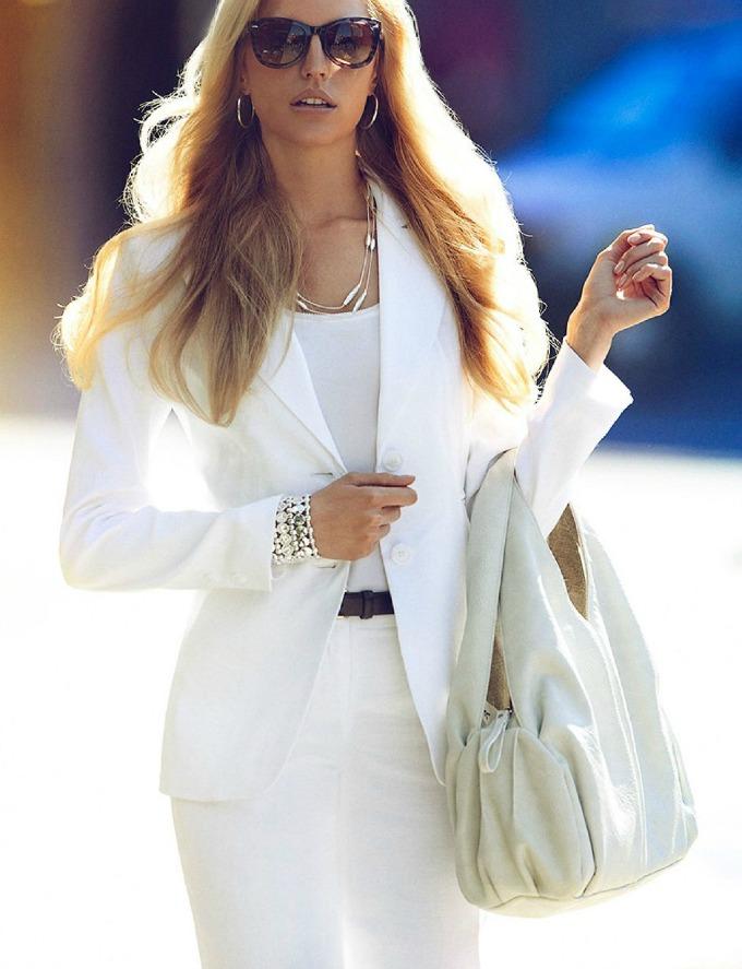 zenstvena poslovna zena 2 Poslovna ženstvena žena – iskoristite svoje prednosti