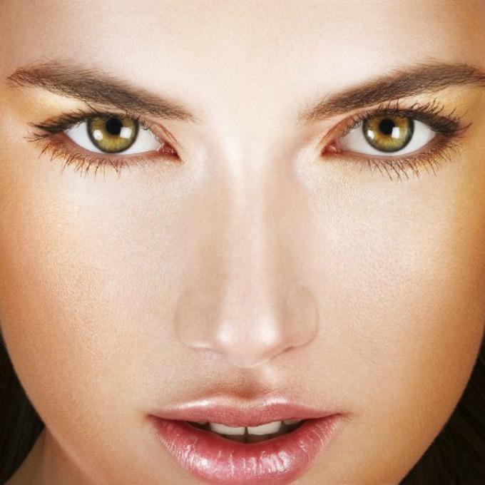 boja ajlajnera prema boji očiju 2 Kako da ajlajnerom istaknete oči na pravi način?