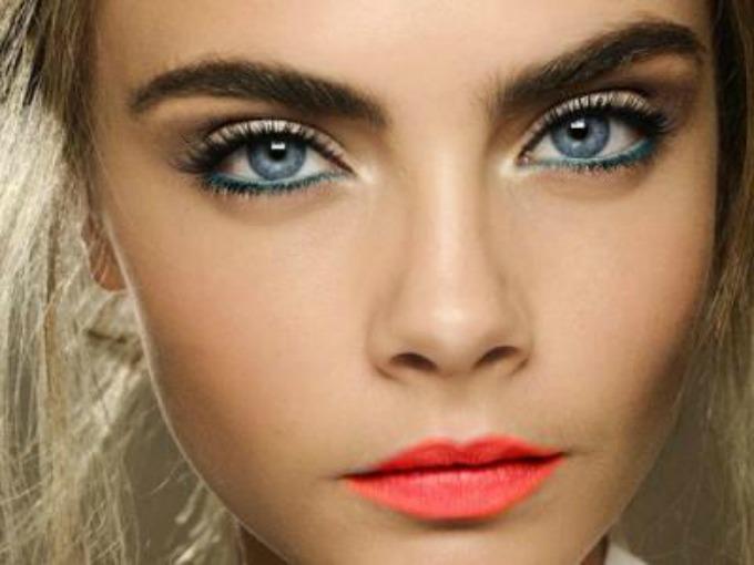 boja ajlajnera prema boji očiju 4 Kako da ajlajnerom istaknete oči na pravi način?