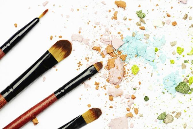 cetkice za sminkanje Kako da očistite četkice za šminku kao profesionalci