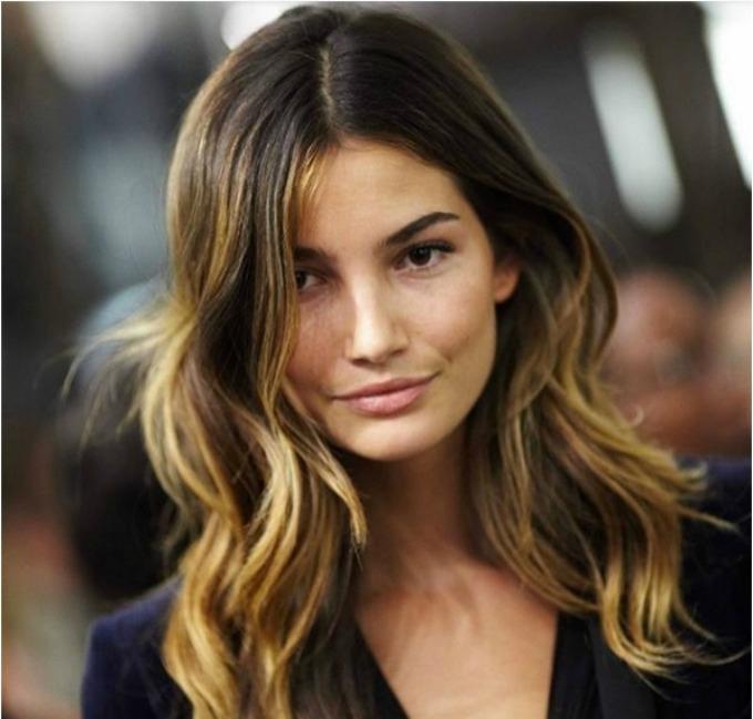 konturisanje kose 1 Konturisanje kose: Trend koji će vas osvojiti