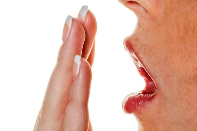 los zadah Reši se neprijatnog zadaha uz pomoć ovog kućnog recepta