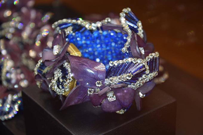 Italijanski institut za kulturu 3 Modno istorijski pregled stilizovanih komada nakita u poslednjih 150 godina